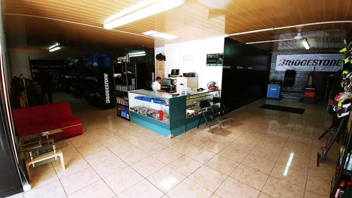 oficina de ventas de llantas para moto motosportire